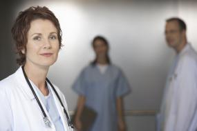 Снимка на лекари (колаж)