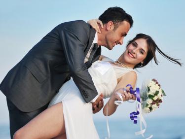 Снимка на младоженски